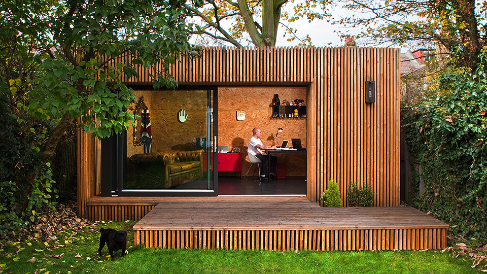 Garden studios contemporary garden room office ecospace for Modern garden rooms london